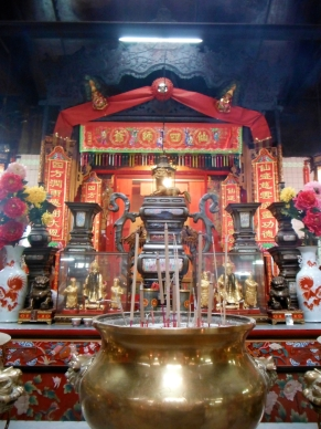 The oldest Chinese temple in KL founded by Kapitan Yap Ah Loy, the man who first colonized KL.